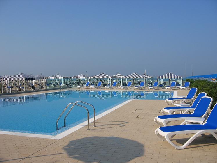 Bagno mediterraneo marina di pietrasanta design casa - Bagno adua marina di pietrasanta ...
